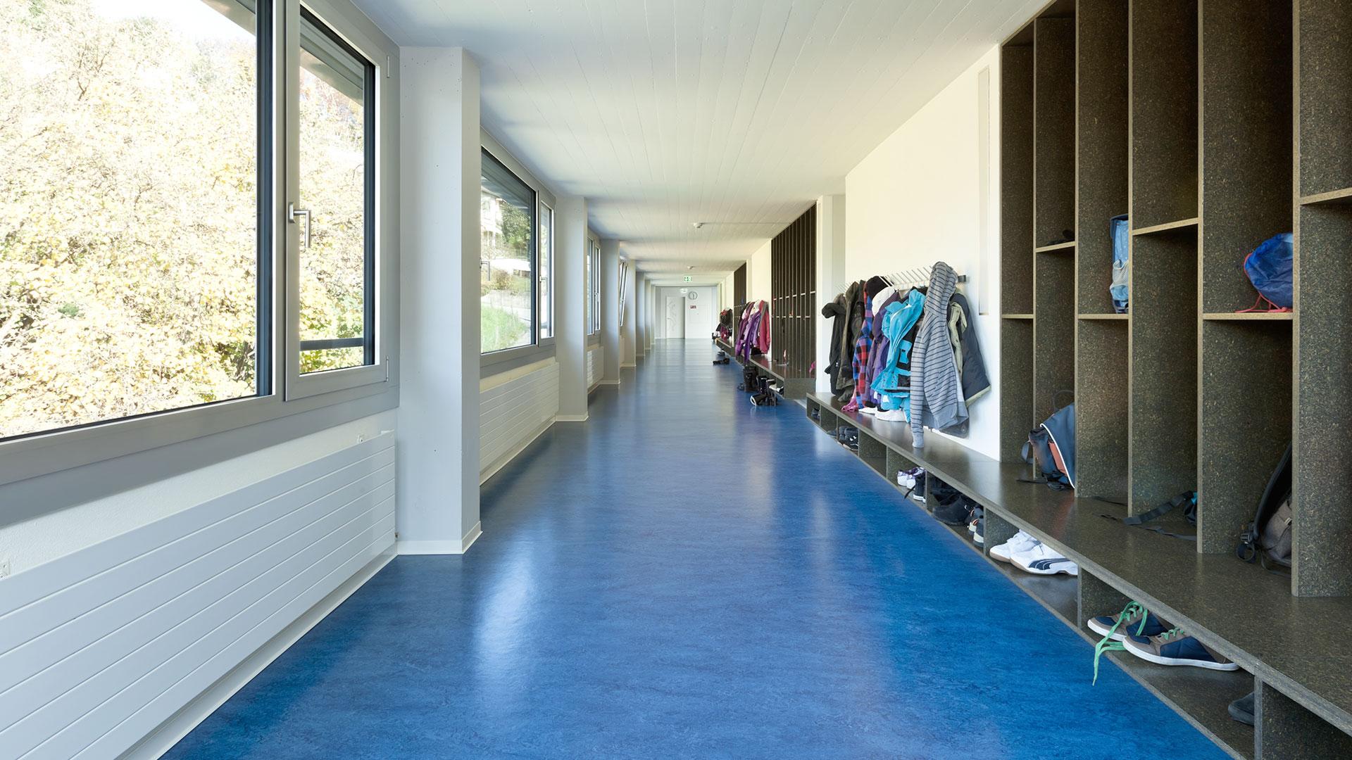linolium strackvloeren utrecht egaliseren scholen utiliteitsbouw
